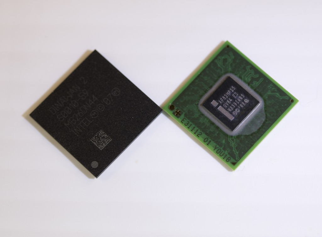 IntelAtomProcessorZ6xx_PlatformControllerHub