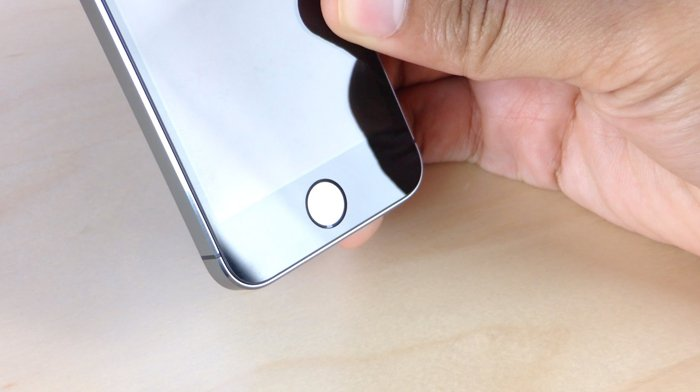 iPhone-5s-first-look