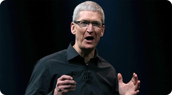 tim-cook-on-microsoft-surface-it-s-like-a-car-that-flies-and-floats
